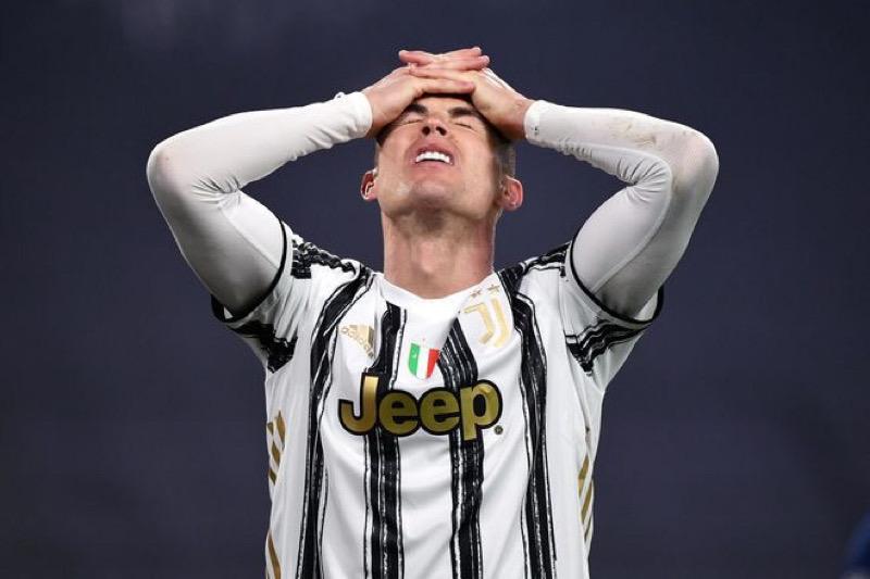 Một mình Ronaldo không đủ để ngăn sự xuống dốc của Juventus