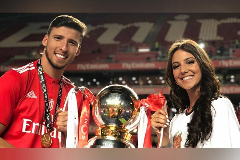 April Ivy đã ở bên Ruben Dias từ lúc anh còn chơi cho Benfica